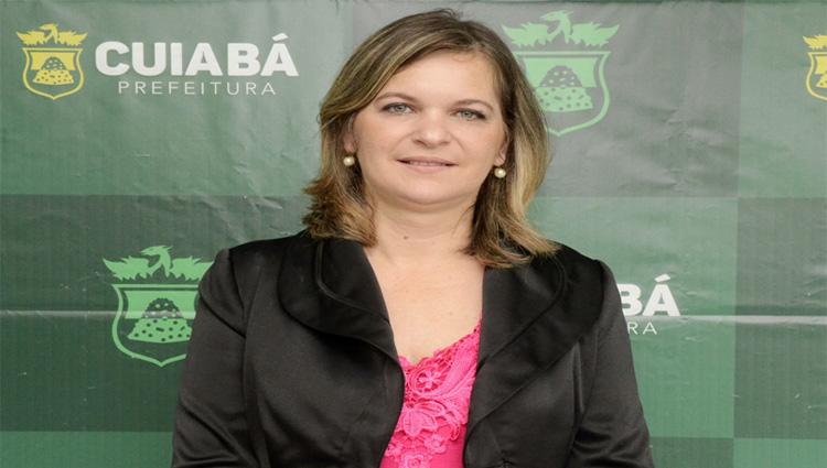 Prefeito de Cuiabá demite secretária de Saúde e exonera mais 10 servidores da pasta