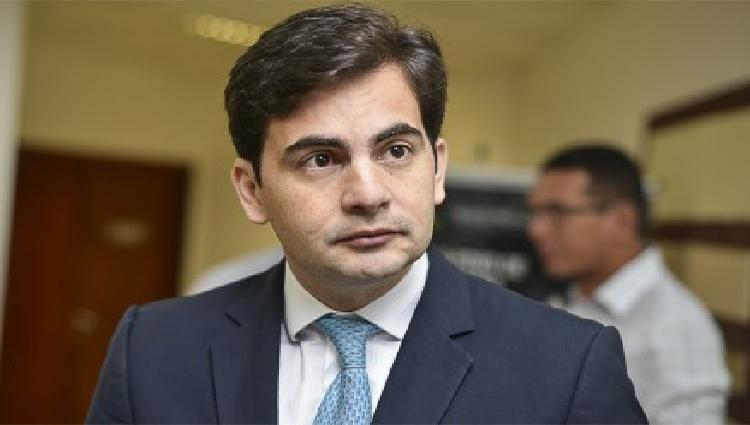 Fábio Garcia segue o coro e diz que Taques é o culpado pela crise em MT