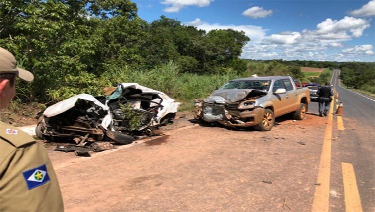 Motorista de HB20 morre ao bater contra o carro do prefeito de Nova Maringa